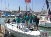 Equipaggio della Stingerporta in regata CivitanovaMarche-Sebenicco campagna Mondo libero dalla droga